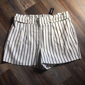 NWT Express Shorts Size XL